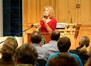 2015 sara davidson speaking at irmas 300